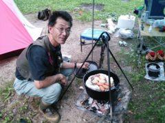 ダッチオーブンで燻製作り