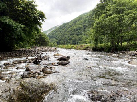 キリンテの檜枝岐川